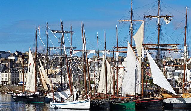 Table&Vous : Fournisseur des Fêtes Maritimes de Douarnenez